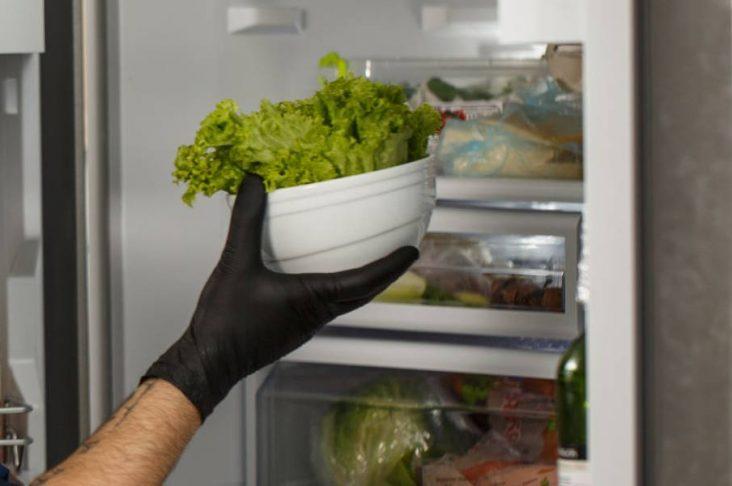 Come disporre gli alimenti in frigorifero secondo l'HACCP
